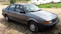 VW Passat GL 1.8 -90