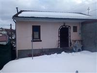 Novogradba kuka vikendica 40m2 vo Guminja