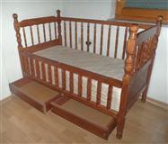 Detsko krevetce drveno so dushek