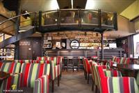 Kafe Devetka ima potreba od konobar i sanker