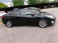 Hyundai i40 right hand side