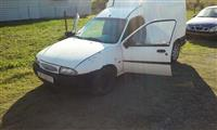 Ford Courier 1.8