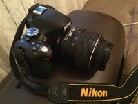 NIKON D5100 + 18-55 + 75-300mm + tripod