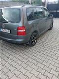 VW Touran 1,9  tdi  6 berzini