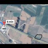 Niva od 1240m2 na patot Vinica Berovo