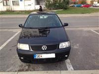 VW Polo -00
