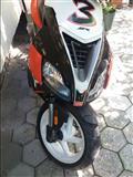 Motor Aprilia SR