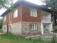 Kuka 200m2 vo Berovo