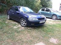 Opel Vectra 1.6 16v  klima -96