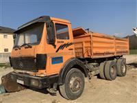 Kamion Mercedes-Benz 26-32