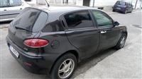 Alfa Romeo 147 jtd 04