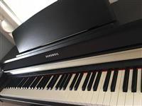 Kurzweil MP 10 klavir