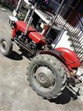 Traktor IMT 533 vo ispravna sostojba
