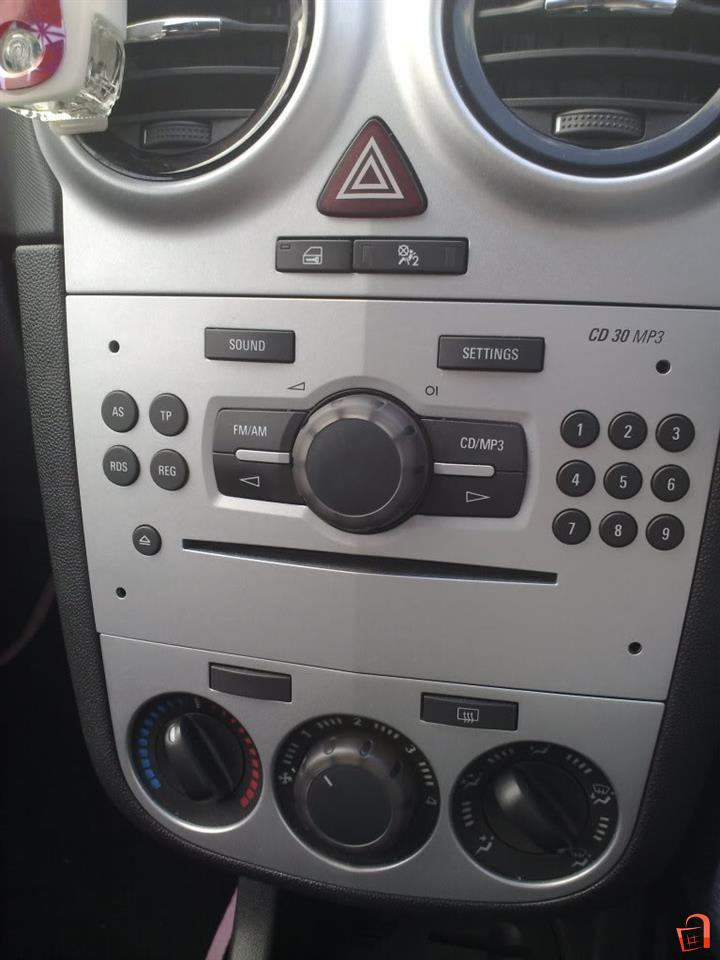 ad opel corsa cd 30 radio cd player for sale skopje centar vehicles automobile parts and. Black Bedroom Furniture Sets. Home Design Ideas