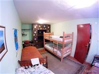 Izdavam soba stan vo prizemje na kuka Crnice