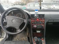 Se prodava Mercedes C klasa