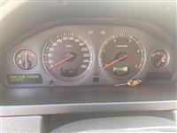 Terenec Volvo XC90 ekstra sostojba