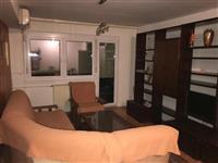 Se izdava trosoben namesten stan do Hotel Rusija