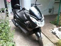 Skuter Honda PCX 125 -11