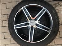 4 Zimski gumi Michelin i alu bandazi i senz pneum