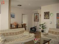 Se izdava stan na ubava lokacija vo Novo Lisice