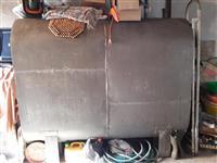 Cisterna metalna za nafta od 2t