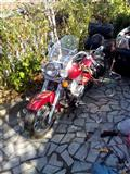 Honda Shadow 750 chopper