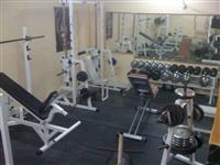 Celosno opremen Fitnes Klub MOZE I ZAM