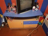 Krevet biro i komoda