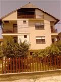 Apartmani vo naselba Ezerski Lozja Struga
