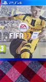 Fifa 2017 za PS4 za zamena za f1 za PSs4