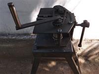 Masina za vitkanje cevki i profili