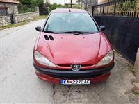 Peugeot 206 1.9 dizel so 5 vrati