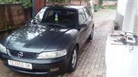 Opel Vectra B 2.0 16v so plin
