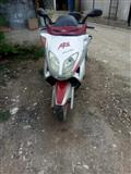 Motor Adly -02