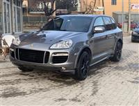 Porsche Cayenne turbo S 630ks