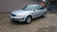 VW PASSAT 1.9TDI FULL OPREMA REGISTRIRANO CELA GOD