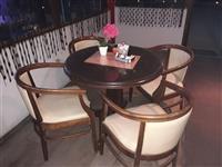 Drveni masi i stolici