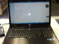 Laptop Dell Inspiron N7110