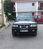 Opel Frontera 2,2 DTI -04