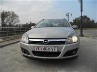 Opel Astra 17 cdti -06