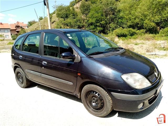 Renault-Megane-Scenic-