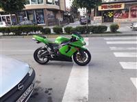Kawasaki Ninja 636 so BG dokumenti