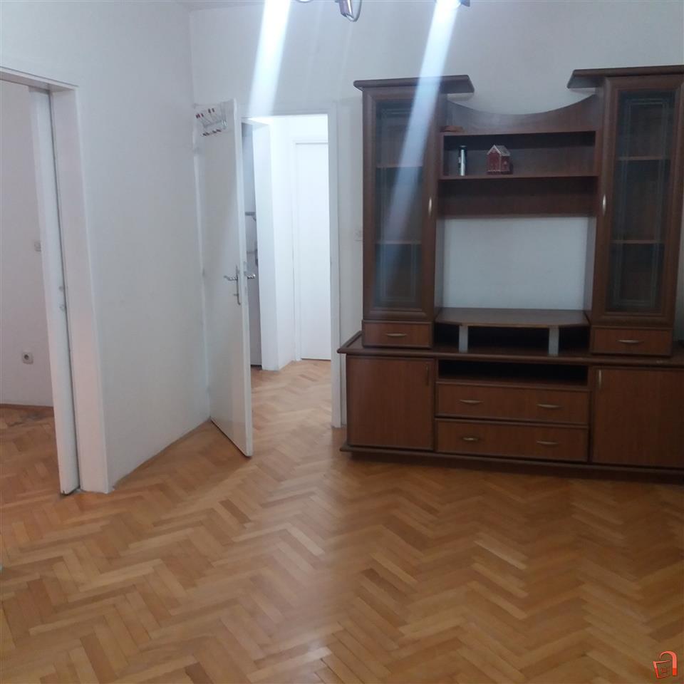 Se izdava stan vo Skopje Sever   Скопjе