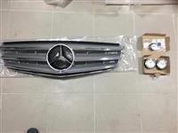 Original maska+amblem za hauba+kapacki za Mercedes