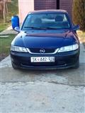 Opel Vectra dobro socuvana