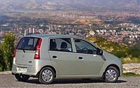 Daihatsu Cuore 1.0 i 58.5 Hp 100 000 km