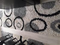 Dva tepiha i edna staza