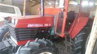 Traktor Universal 703