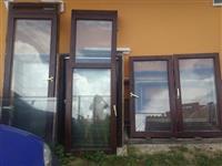 Dobro socuvani termopan drveni prozori